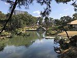 Takueichi Pond and Kokokyo Bridge in Shukkei Garden 1.jpg