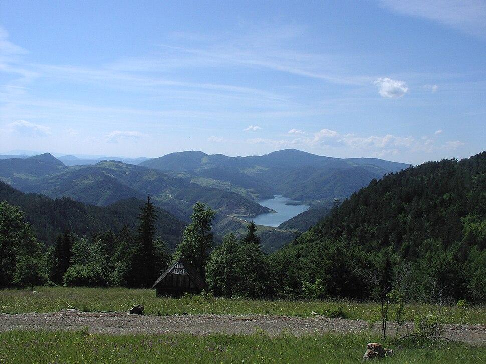 Tara - Jezero Perućac2