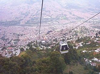 Metrocable (Medellín) - Descending cable-car