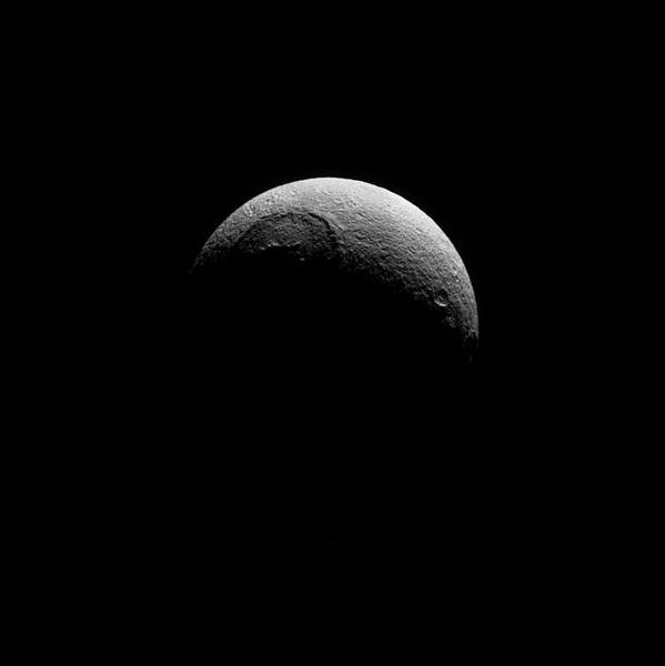 File:Tethys (Mond) (22508120).jpg