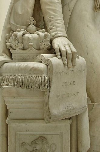 Enthronement - The heraldic Belgian crown, symbolically resting on the constitution in a statue of Leopold I.