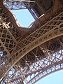 The arch of Eiffel Tower.JPG