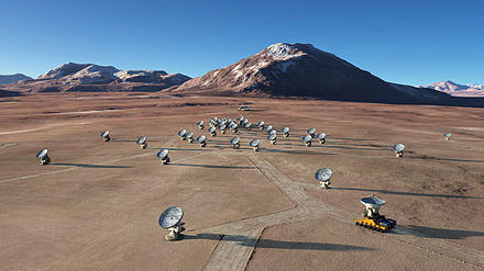 The future ALMA array on Chajnantor (artist's rendering) The future ALMA array on Chajnantor.jpg