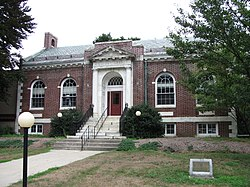 Tilton Library, South Deerfield MA.jpg