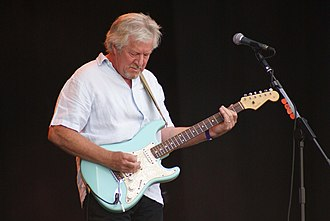 Tim Renwick - Renwick with the Bucket Boys, performing at Fairport's Cropredy Convention Festival, 2007