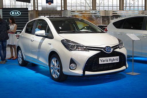 Toyota Yaris Hybrid - przód (MSP15)