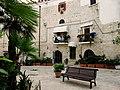 Trani-Courtyard01.JPG