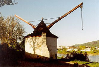 Crane (machine) - Tower crane at the inland harbour of Trier from 1413.