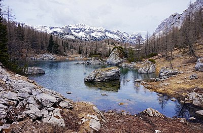 Slika:Triglav National Park - Double Lake.jpg