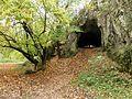 Tunelovitá jaskyňa Čertova pec - panoramio.jpg