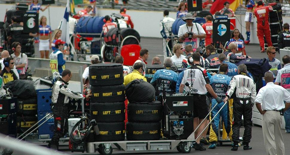 Tyre carts on grid at USGP 2005