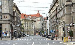 Ulica Koszykowa przy pl. Konstytucji