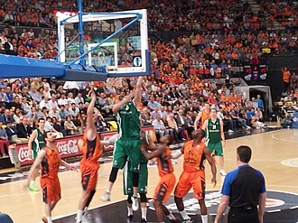2013–14 Eurocup Basketball - Image of the first match of the finals, held in Valencia.