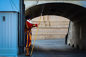 Pontifical Swiss Guard - Vatican Swiss Guards 2017