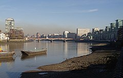 Vauxhall Bridge from the south-west - geograph.org.uk - 617394.jpg