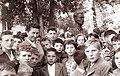 Vida Tomšič med otroki ob 20-letnici vstaje v Slovenj Gradcu 1961.jpg