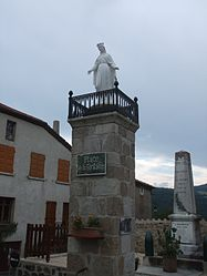 The fountain square and statue of the Virgin in Pailharès