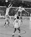 Volleybal Europacup landskampioen Starlift. Blokkeer tegen Real Madrid II.jpg