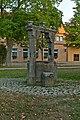 Vorm Würzburger Tor, Ziehbrunnen (Rothenburg ob der Tauber) HaJN 6292.jpg