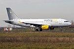 Vueling, EC-MIR, Airbus A319-112 (26264241248).jpg