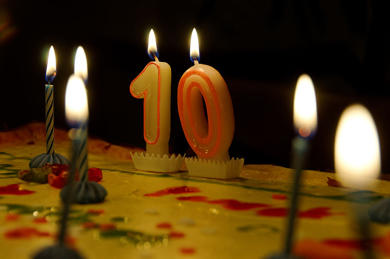 File:WP10 Birthdaycake 6676.jpg