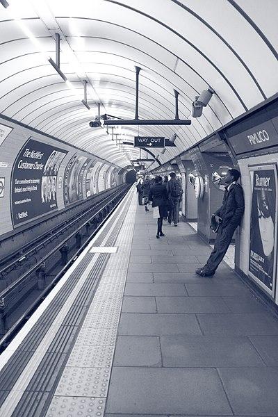 File:Waiting at Pimlico (5164720100).jpg