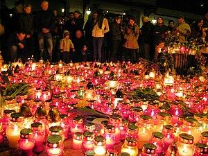 Warsaw National Tragedy 2010-04-10 (4)