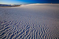 White Sands National Monument - New Mexico - dawn in the desert - (17914963649).jpg
