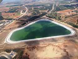 WikiAir Flight IL-14-02 - Tel Yitzhak reservoir (1).JPG