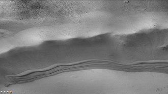 Keeler (Martian crater) - Image: Wikitrumplerdunes