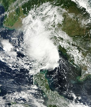 Tropical Depression Wilma (2013) - The tropical depression crossing the Malay Peninsula on November 8