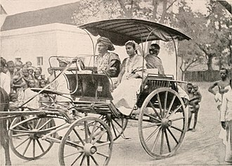 Shudra - A 1908 photo of a bride and bridegroom of the sudra caste in a horse-drawn vehicle.