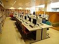 Yamanashi Gakuin Elementary School Media Center.JPG
