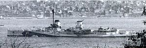 Moltke-class battlecruiser - Image: Yavuz (Goeben) battlecruiser Istambul April 1946 cropped