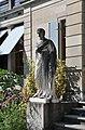 Zürich Villa Wesendonck Statue 02.jpg