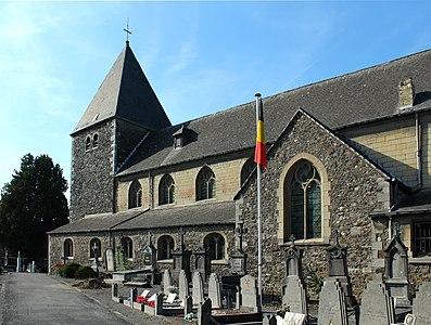 Église Saint-Lambert de Lixhe - vue depuis l'entrée.JPG