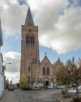 Ploegsteert - Image: Église Saints Pierre et Paul (Ploegsteert)