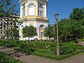 Владимирская церковь, сад01.jpg