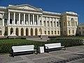 Михайловский дворец, двор01.jpg
