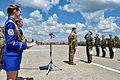 Президент Петро Порошенко на церемонії випуску Харківського університету Повітряних Сил ім. Івана Кожедуба (27263907854).jpg