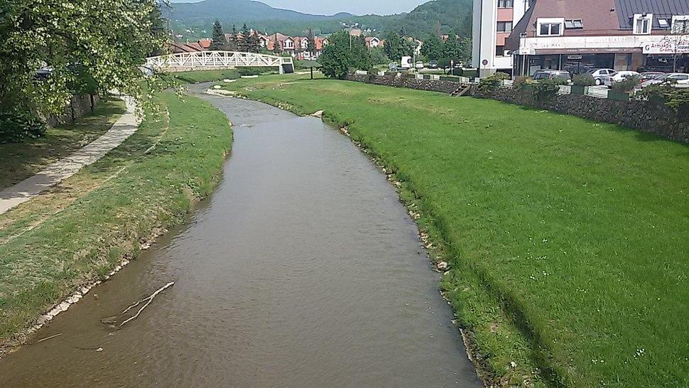 Река Скрапеж