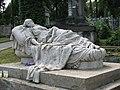Скульптура Спляча красуня на Личаківському кладовищі у Львові.jpg
