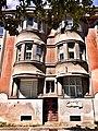 Фрагмент будинку на набережній Незалежності.jpg