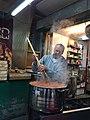 בישול במסעדה תימנית בשוק התקווה, תל אביב - Cooking in a Yemenei restaurant in Hatikva Market, Tel Aviv.jpg