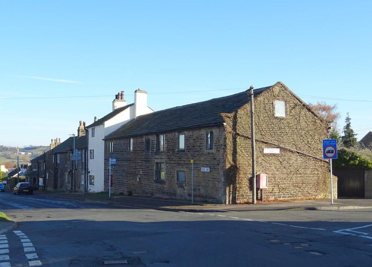 104 Moor Lane, Netherton.jpg