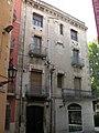 176 Casa al c. Portella 9, cantonada amb la Rambla.jpg