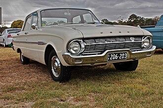 Ford Falcon (XL) - Image: 1962 Ford XL Falcon Futura Sedan