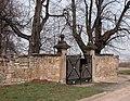 20040402641DR Borthen (Dohna) Rittergut Schloß Borthen Parktor.jpg