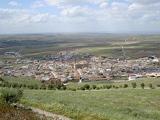 Almonacid de Toledo - Image: 20070513 Almonacid castle town (3261231077)