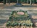 20080309225DR Tharandt Cottas Grab im Tharandter Wald.jpg